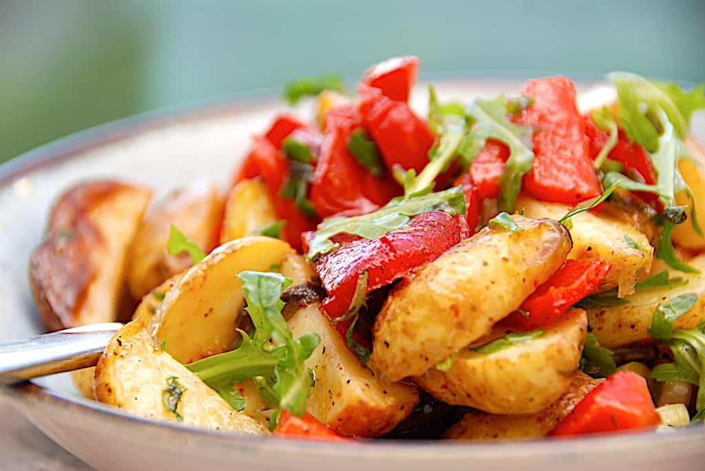 Italiensk kartoffelsalat med stegte kartofler