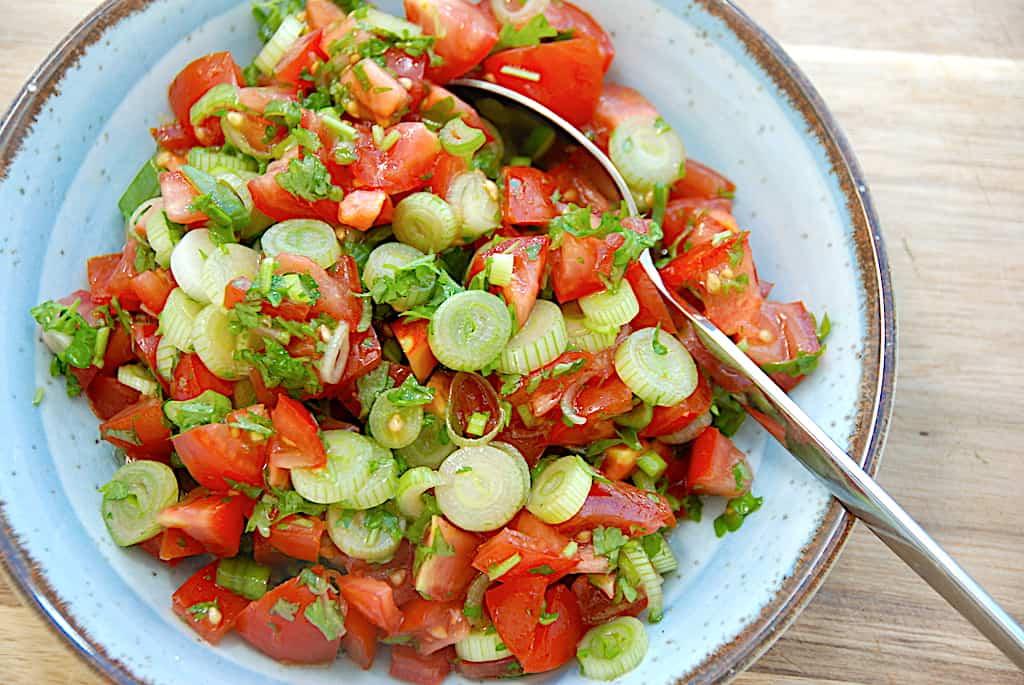 Nem tomatsalsa - opskrift på frisk salsa med tomater