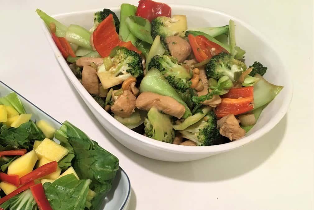 Wok med kylling og pak choy - hurtig aftensmad