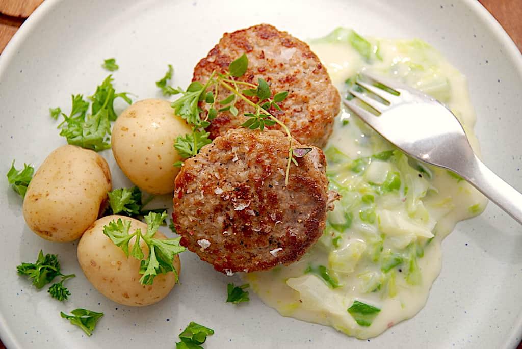 bilelde med dansk mad krebinetter