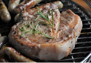 Grillet kød