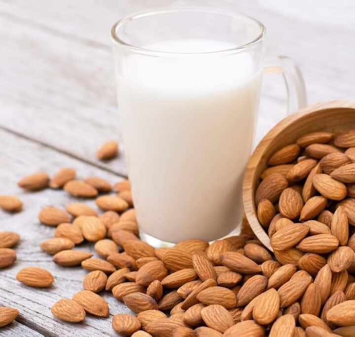 mandelmælk mandeldrik