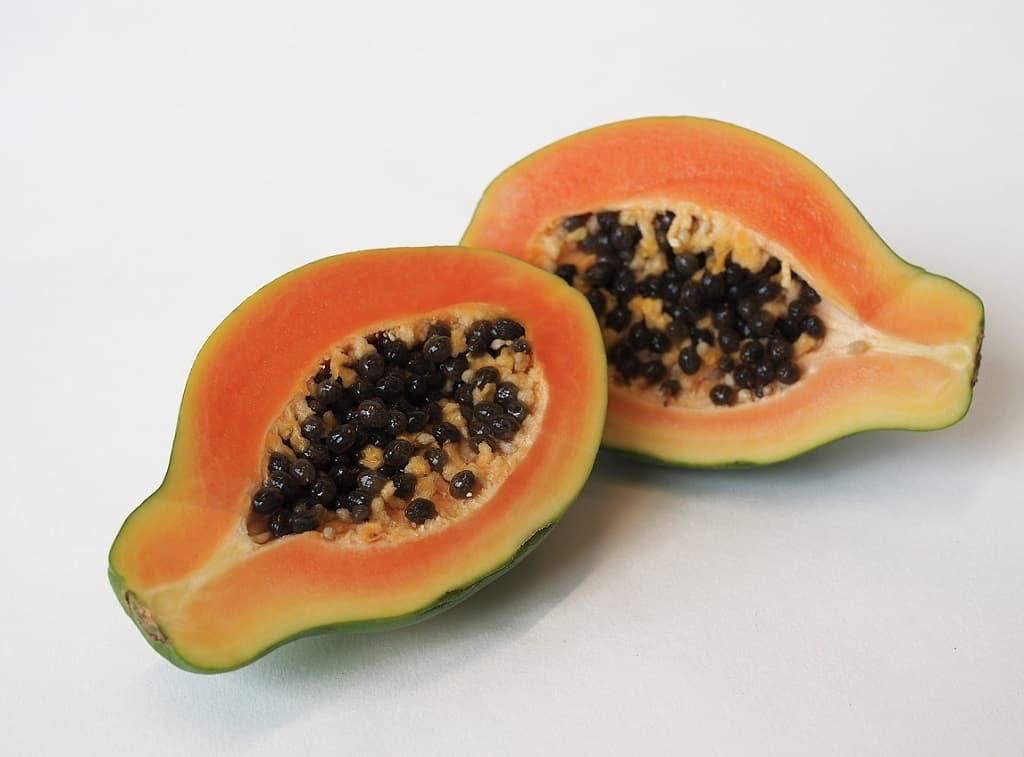 Papaya i to dele