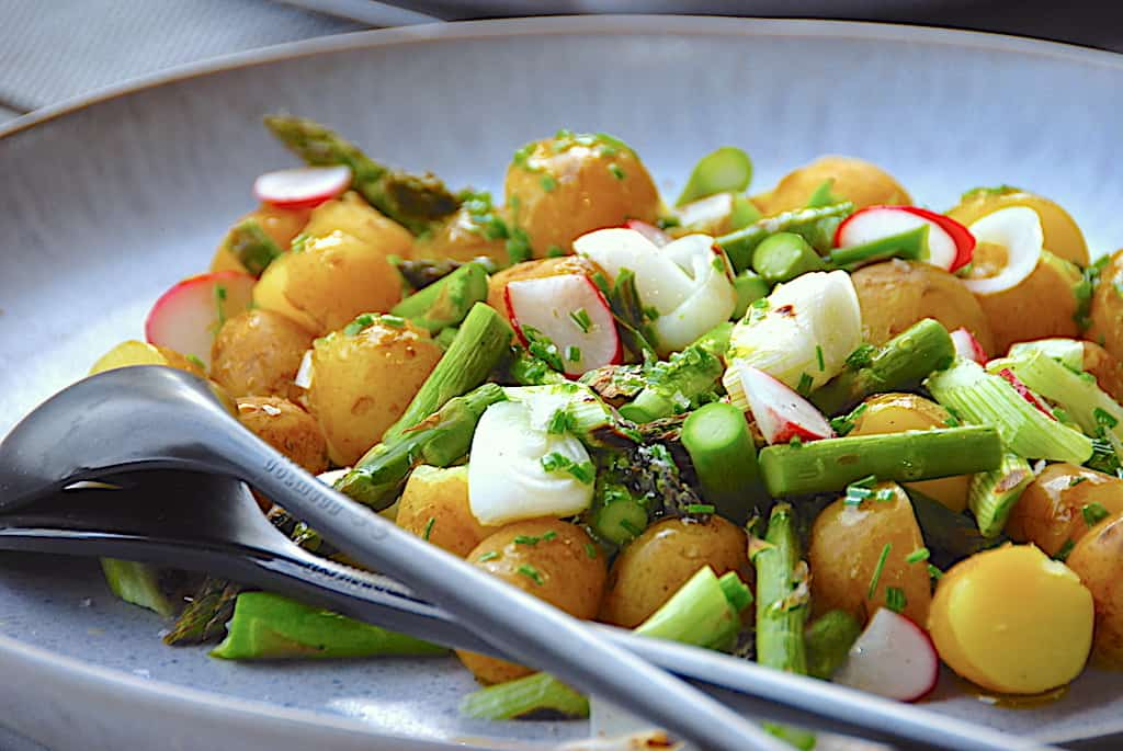 Kartoffelsalat - de bedste opskrifter på salat med kartofler