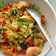billede med bulgur med grøntsager og kylling