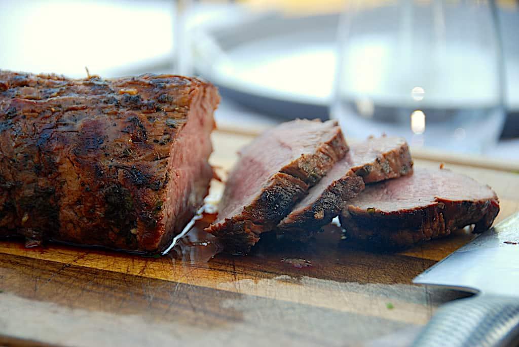Grillet kalvemørbrad med lækker marinade