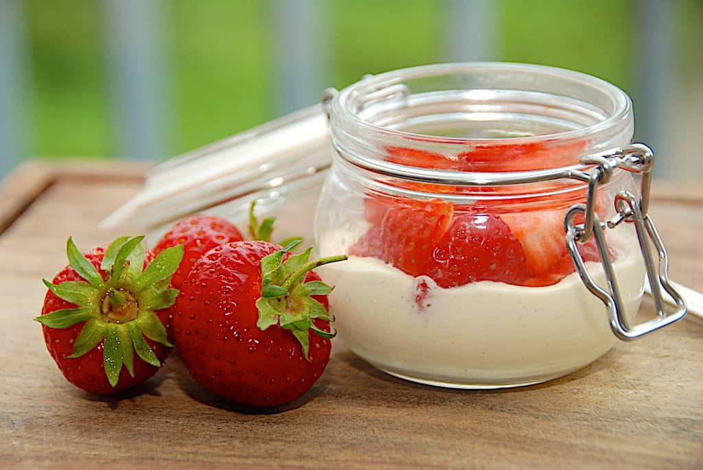 Jordbær med vaniljecreme - dessert på bare 5 minutter