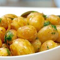 billede med kartofler med brunet smør