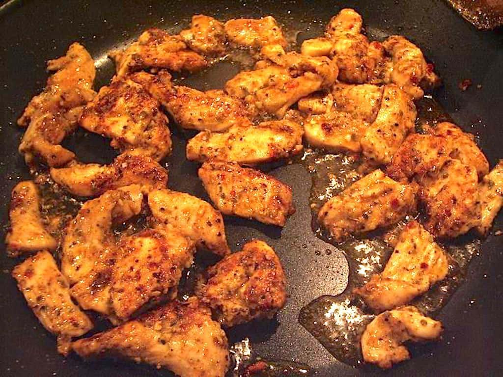 Tyrkisk kyllingekebab til pitabrød