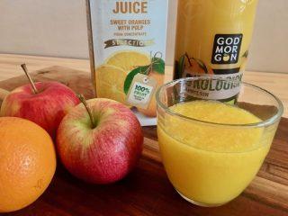 Der kan være stor forskel på næringsindholdet i juice, afhængigt af om du laver den friskpresset selv eller du køber den billige fra koncentrat. Foto: Charlotte Mithril / Madensverden.dk