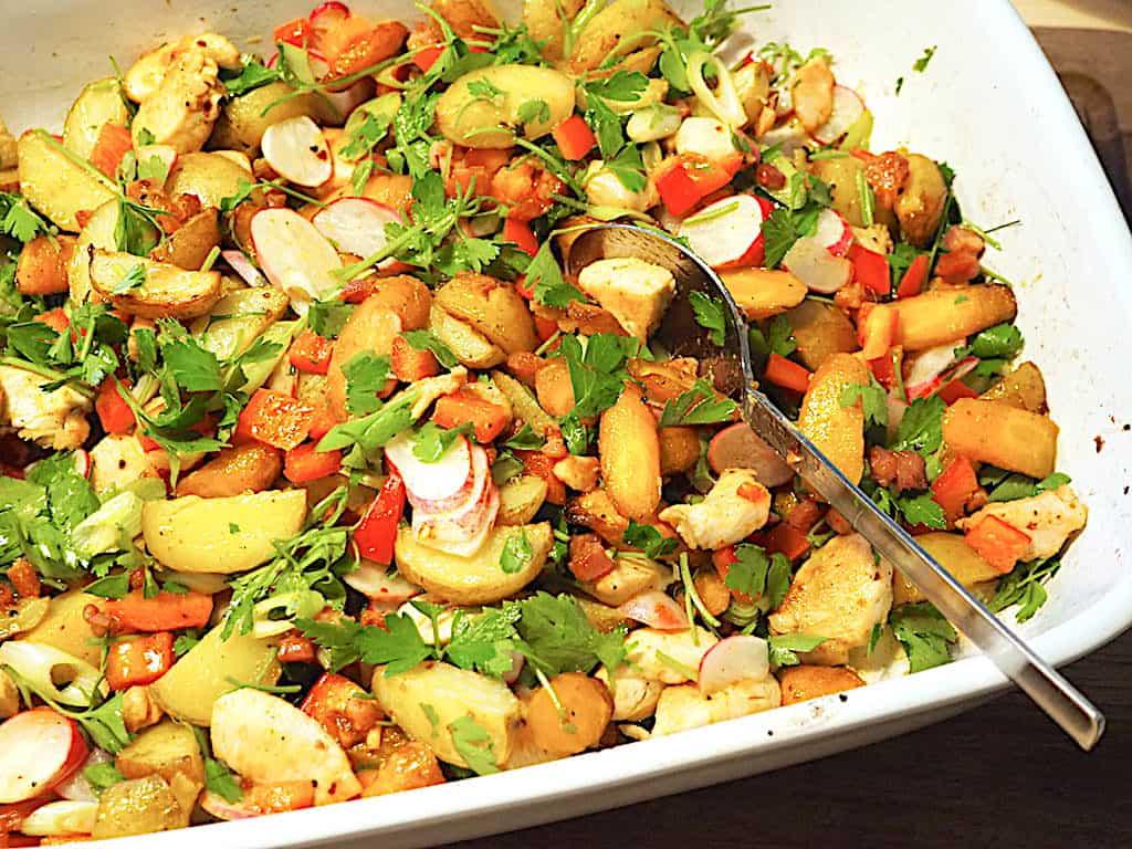 Kyllingesalat med kartofler - lækker og nem opskrift