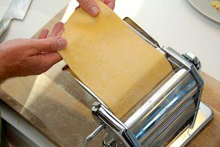 billederesultat for pasta på pastamaskine