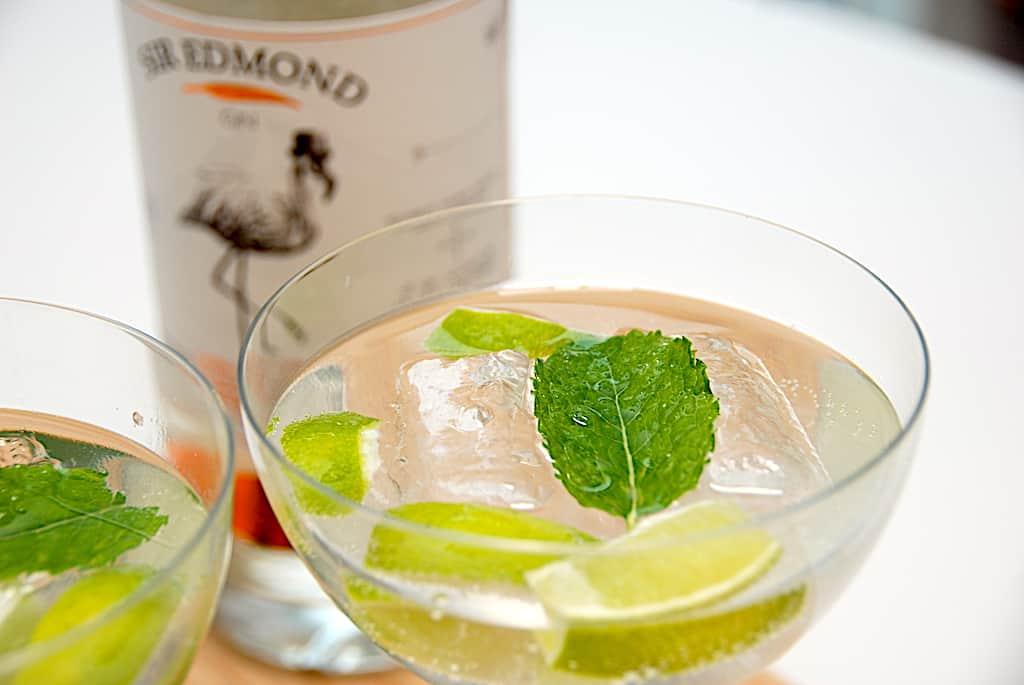Sir Edmonds gin og tonic med lime og mynte