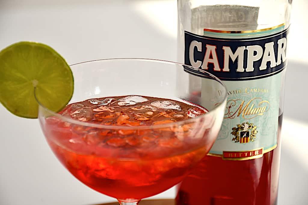Negroni - italiensk apéritif med gin, vermouth og Campari