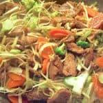 billederesultat for Wok med marineret svinekød og hvidkål