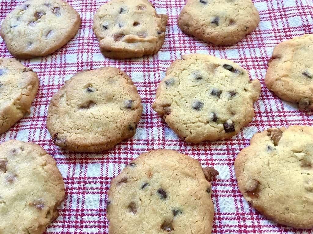 Cookies med karamel og chokolade - bedste opskrift