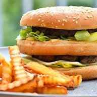 billederesultat for hjemmelavet Big Mac burger