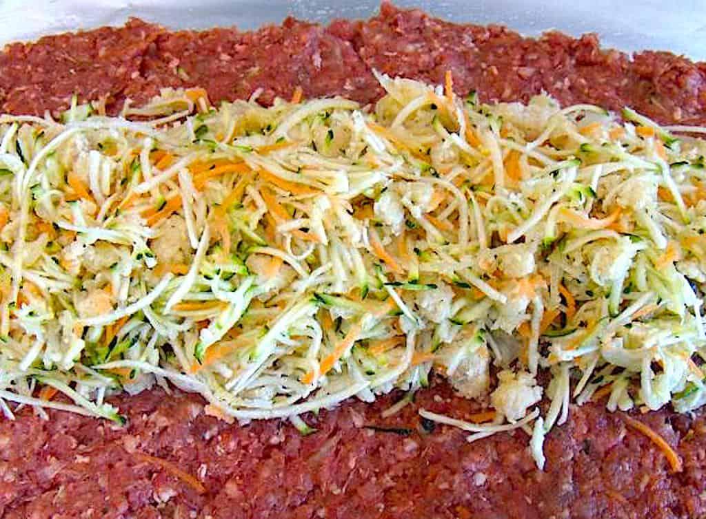Meatloaf - amerikansk farsbrød fyldt med grøntsager