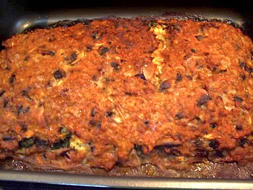 Nemt farsbrød med spinat, feta og gulerødder