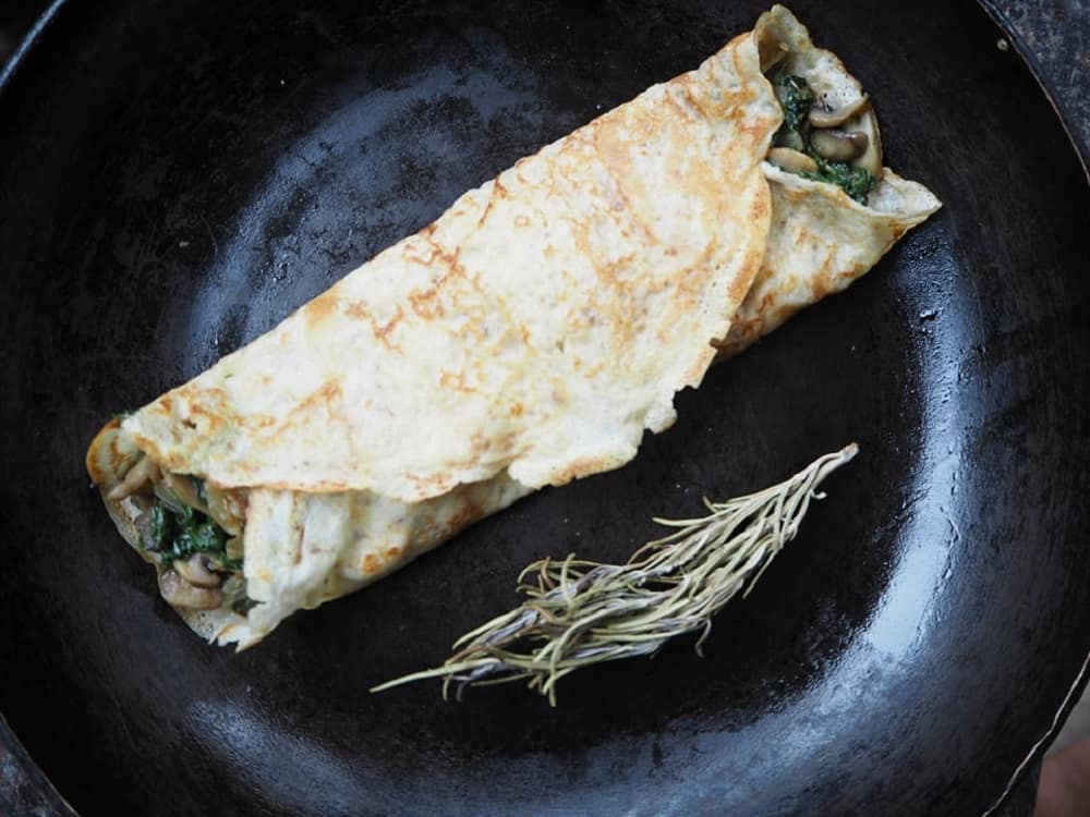 Pandekager med svampe og spinat - vegetaropskrift