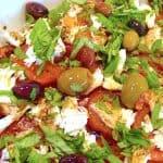 billederesultat for tomatsalat med oliven