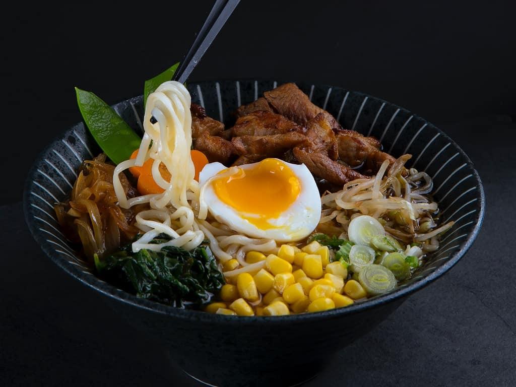 Ramen - sådan laver du den japanske suppe