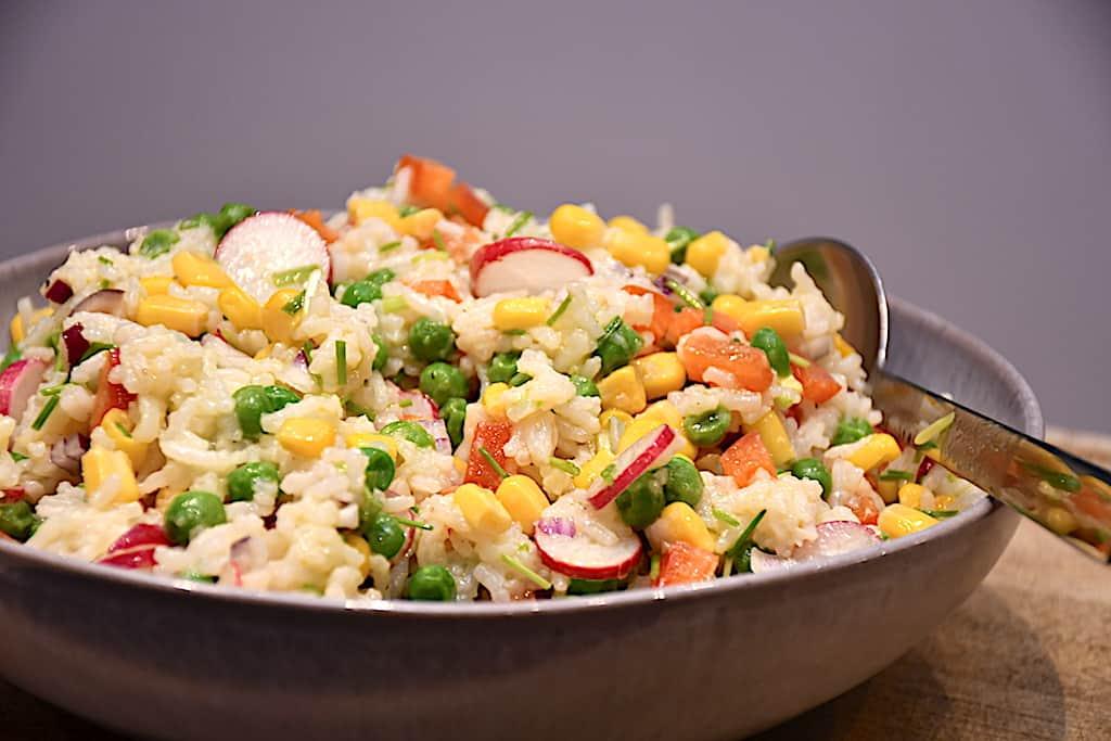Rissalat - opskrift på nem salat med kogte ris