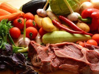 Råvarer til artikel om hvilke madvarer kan fryses ned