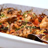 kylling med ratatouille i fad