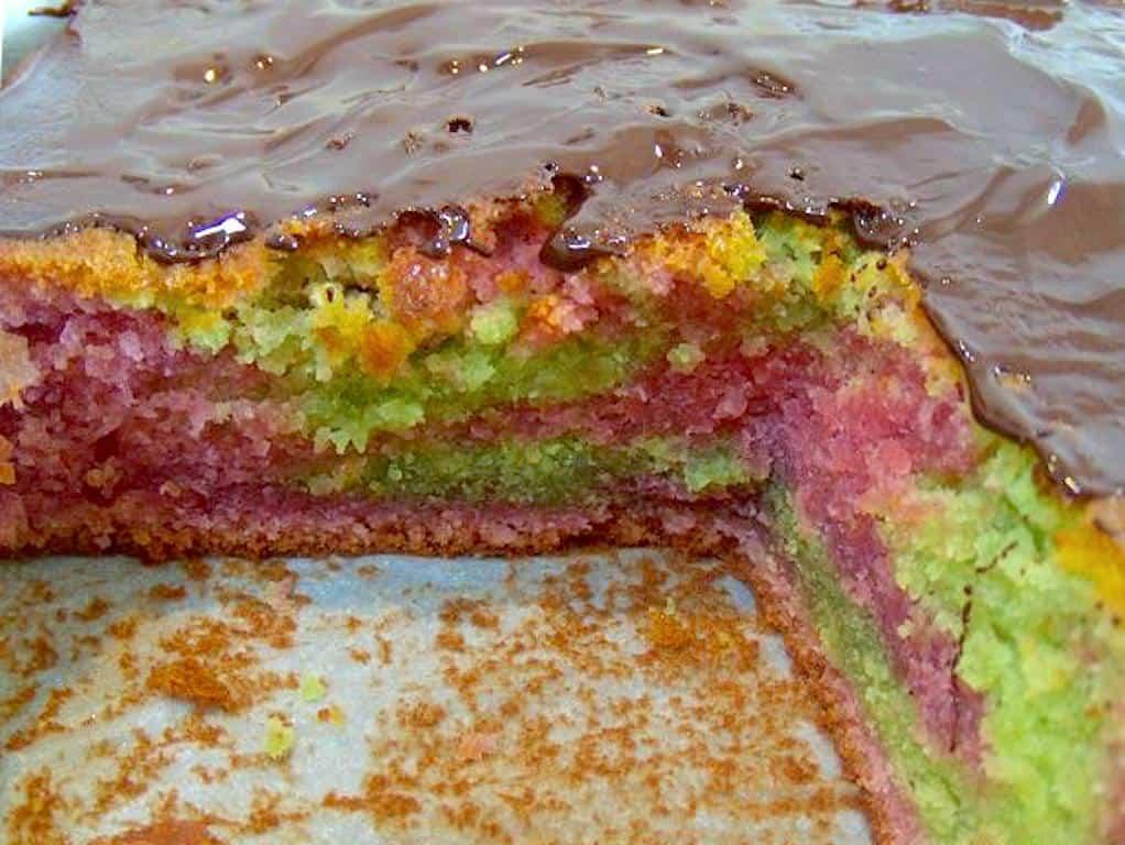 giftkage rød grøn kage