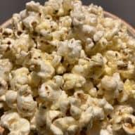 Popcorn med pizzasmag