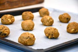 dej til cookies med peanuts