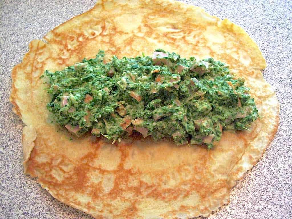 gratinerede pandekager med spinat og skinke