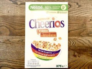 Cheerios fås i forskellige varianter, men fælles for dem er, at de består af små sprøde ringe. Her er det Multigrain Cheerios med fem forskellige slags korntyper. Foto: Charlotte Mithril