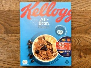 All-Bran Flakes fra Kellogg's har en mørk farve og en grov konsistens. De består primært af hvede og er rige på fuldkorn, men har for meget sukker til at få Nøglehulsmærket. Foto: Charlotte Mithril