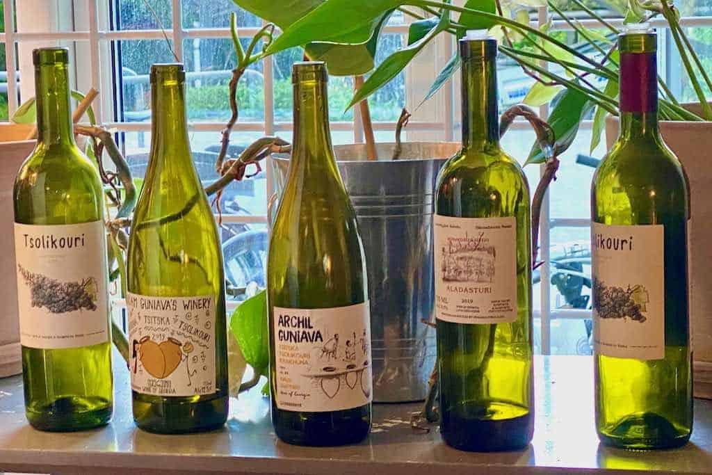 Smagning af georgisk vin