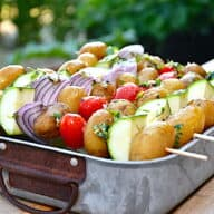 grøntsagsspyd med kartofler til grill