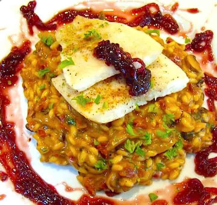 Fantastisk risotto med fisk og rødløgschutney