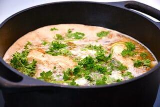 kyllingebryst filet steges i ca. 20 minutter