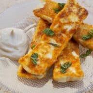 Halloumi-fritter med mayo