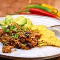 chili con kylling med bønner og ris