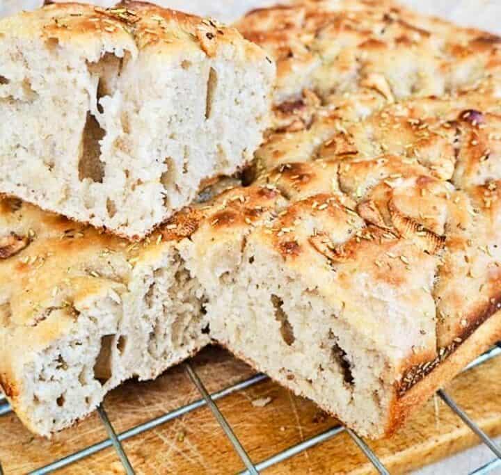 surdejsfoccacia italiensk brød